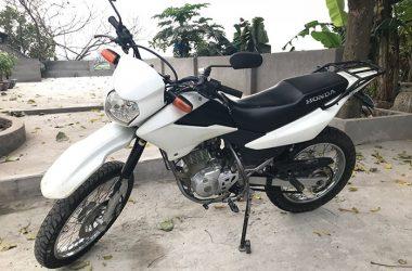 white-honda-xr-125
